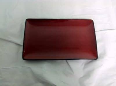 UNIQ RED RECT PLT 345X190 6655