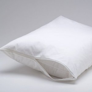 PILLOW PROTECTOR PVC W/ ZIP