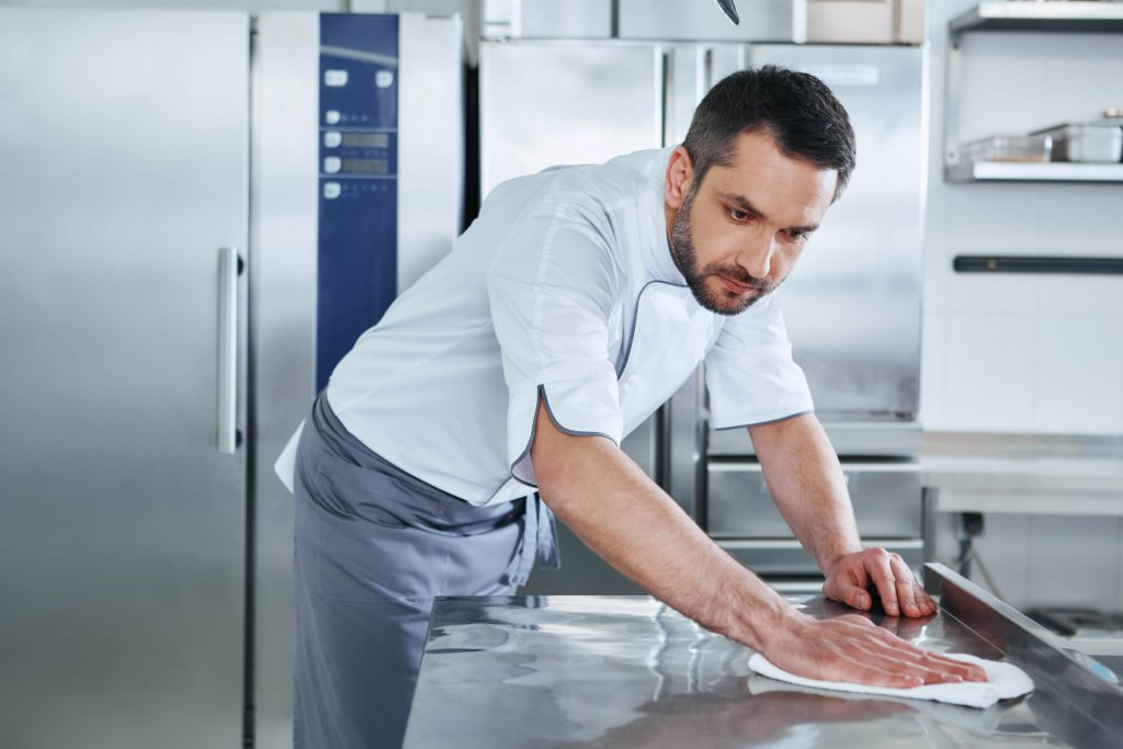 Cleaning Commercial kitchen